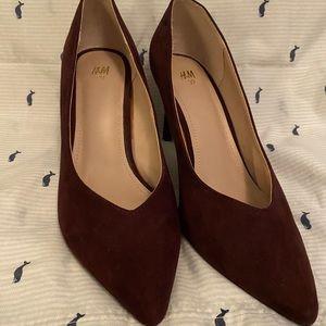 Maroon kitten heels